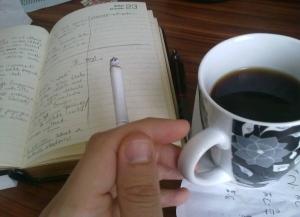 Iuvenalis, sigara ve kaave